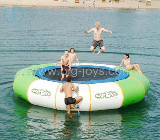 Inflatable Water Trampoline Bed